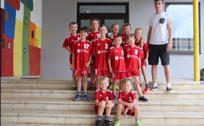 Handball: Verabschiedung des Minitrainers Niklas Heim